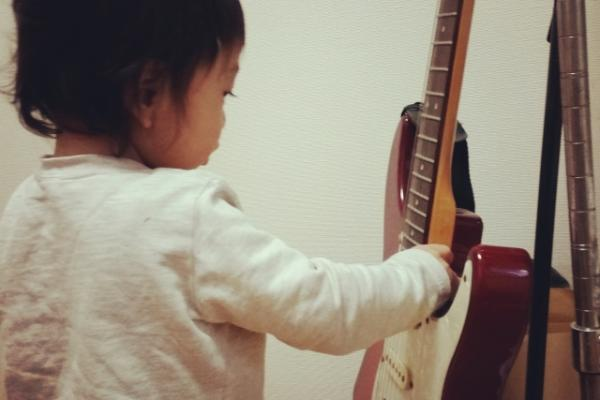 ギター 子供